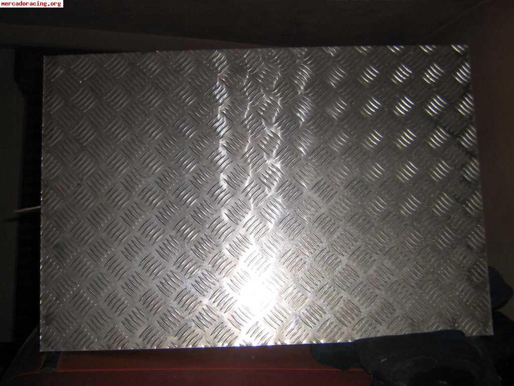 2 chapas estriadas para hacer alfombrillas metalicas