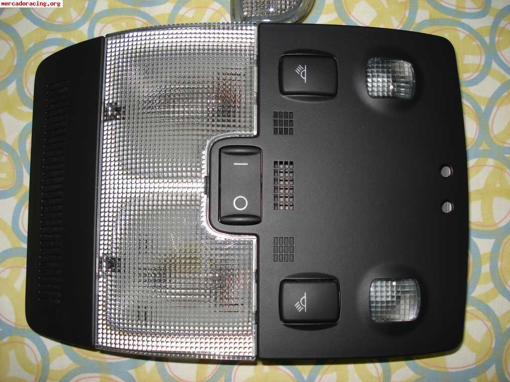 Plafon luces con luz cortesia p gina 2 electricidad audi a3 8p audisport iberica - Poner luz interior coche ...