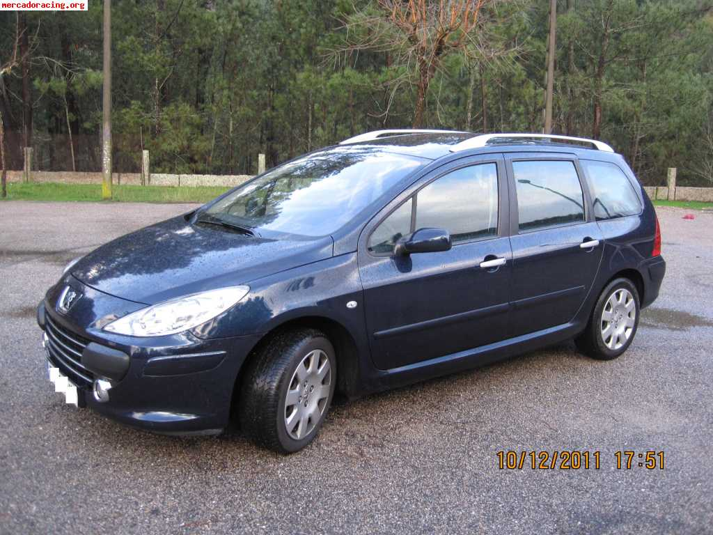 vendo peugeot 307 sw 1 6hdi 110cv a o 2008 7 plazas 6500. Black Bedroom Furniture Sets. Home Design Ideas