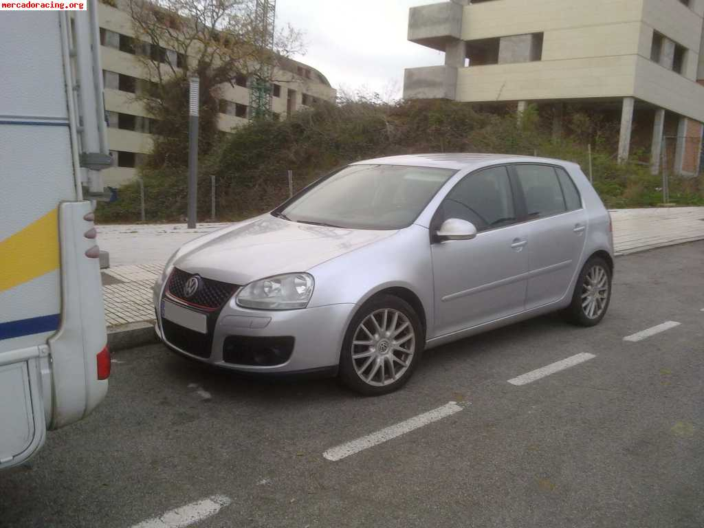 se vende vw golf v tdi 105. Black Bedroom Furniture Sets. Home Design Ideas