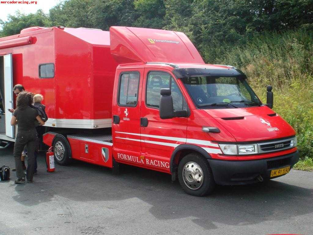Photo Iveco Daily Racing Trailer