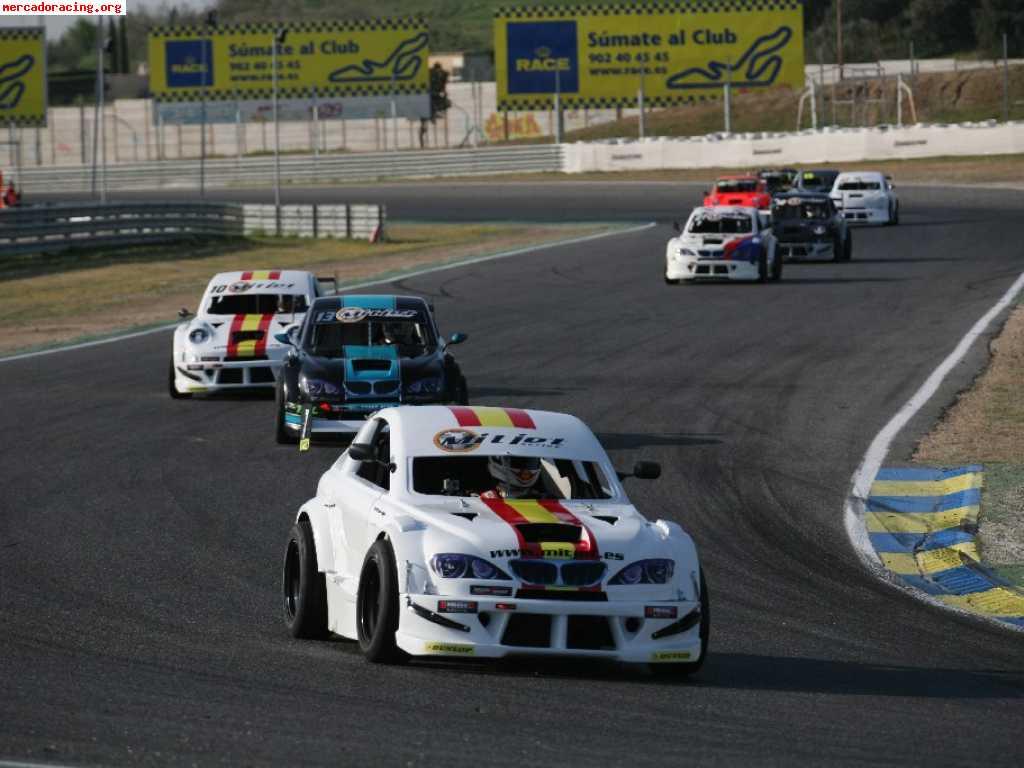 Circuito Ascari : Quieres correr en el exclusivo circuito de ascari