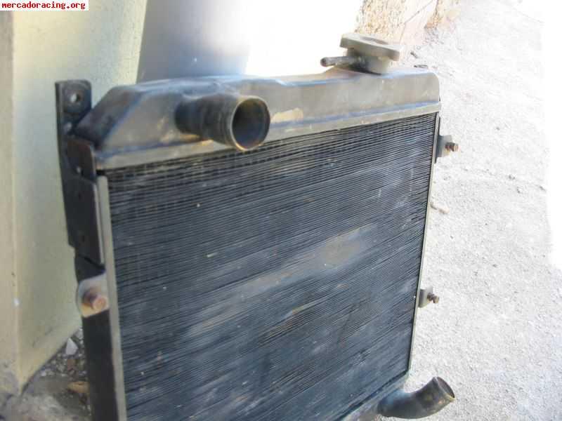 Vendo radiador de agua y llantas targa venta de for Vendo estanque para agua
