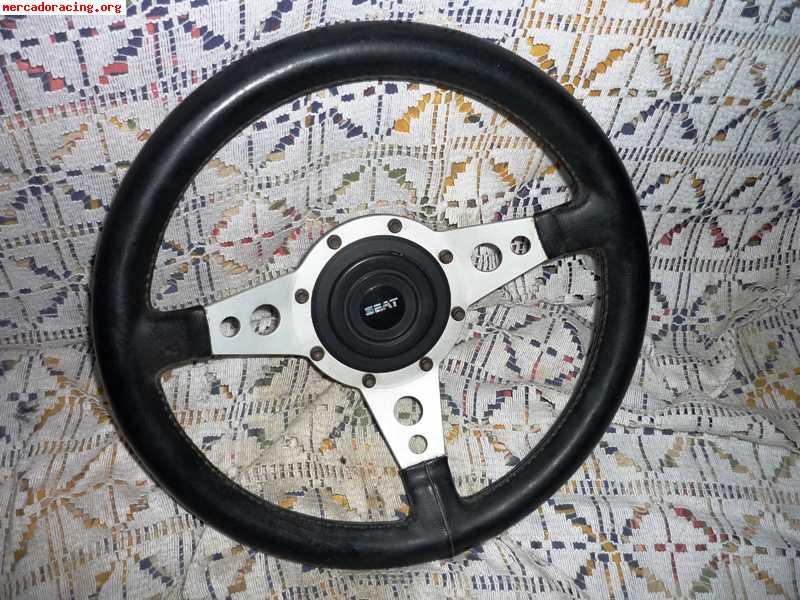 Se venden volantes deportivos para clasicos venta de for Mercado racing clasicos