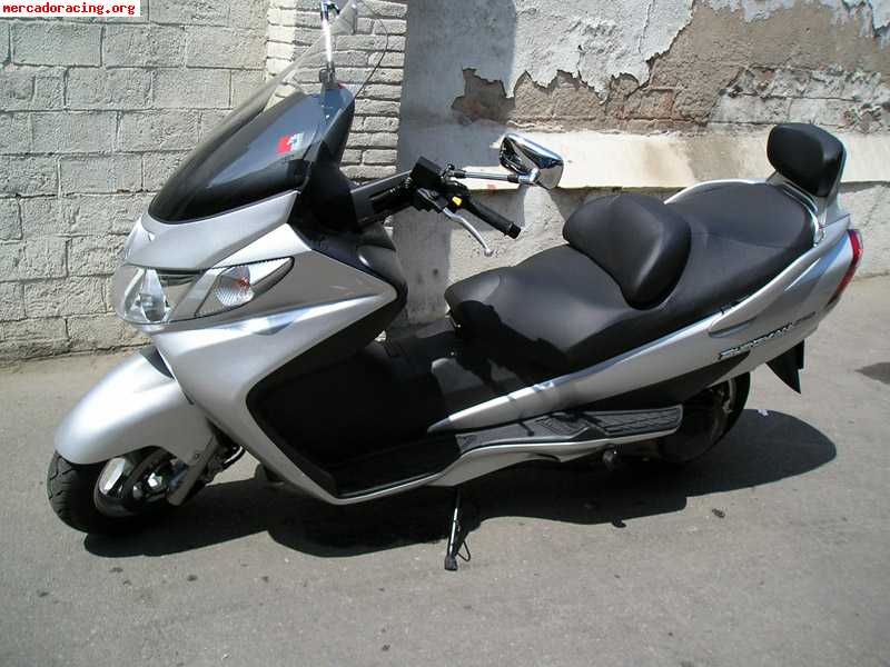 vendo suzuki burgman 250 a o 2005. Black Bedroom Furniture Sets. Home Design Ideas