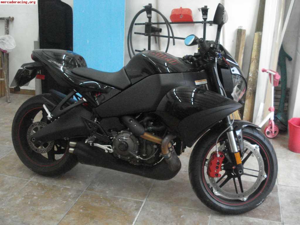 Precio y ficha técnica de la moto Buell 1125 CR 2009 - Arpem.com