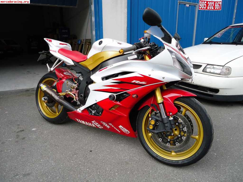 Red R Yamaha