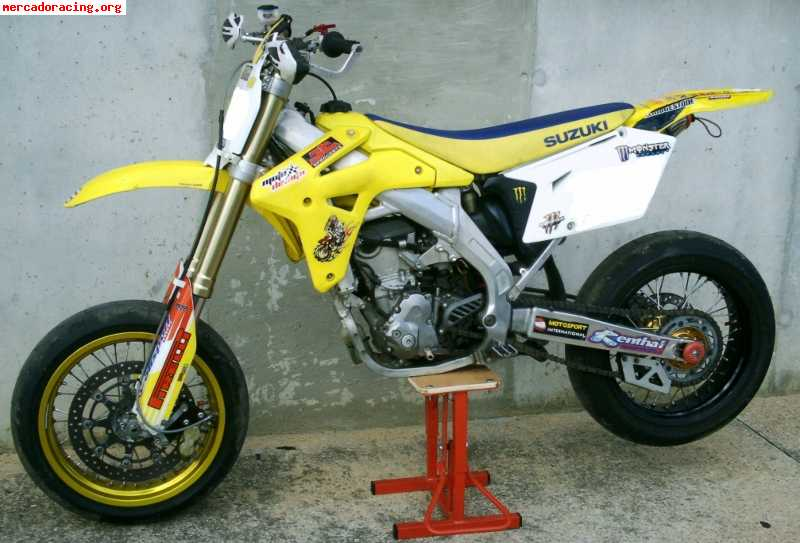 vendo moto de cross suzuki 125cc por 700 picture car. Black Bedroom Furniture Sets. Home Design Ideas