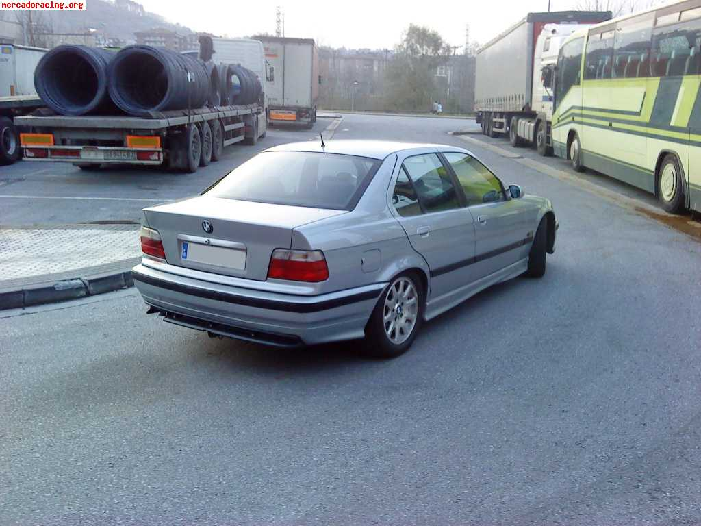 se vende bmw 325 tds e36 2500 euros venta de coches de competici n bmw. Black Bedroom Furniture Sets. Home Design Ideas