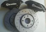 pinzas-brembo-y-discos-tallados-y-perforados.jpg
